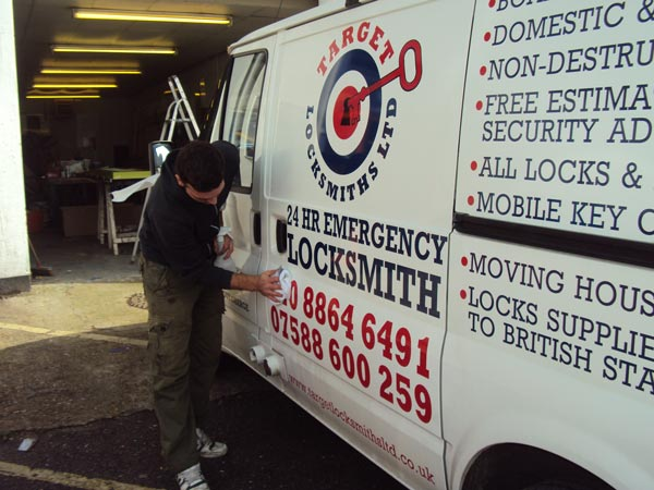 Transit Vehicle Graphics for Target Locksmiths in London
