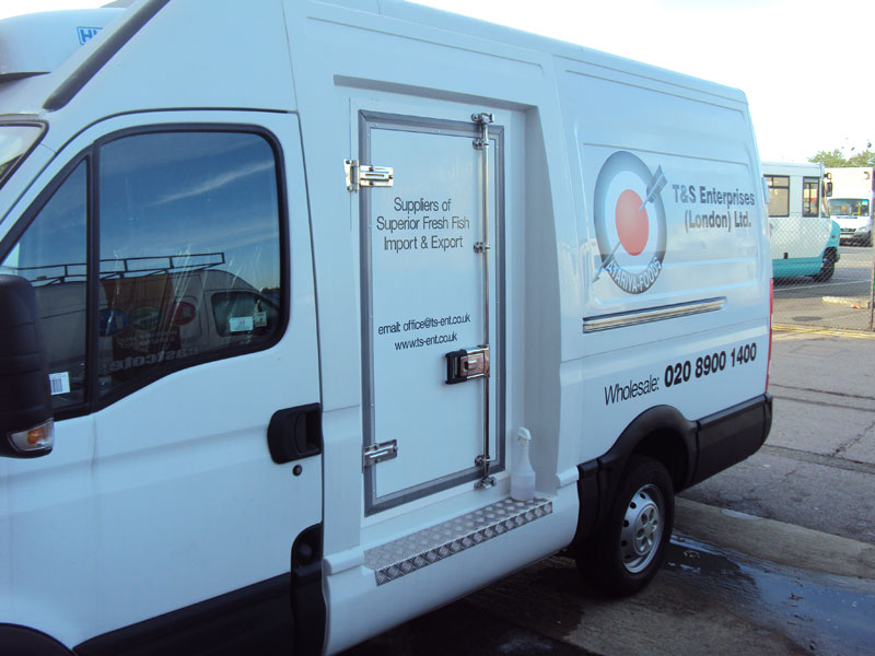 Refrigerated Vehicle Graphics - Iveco Daily Van Signwriting