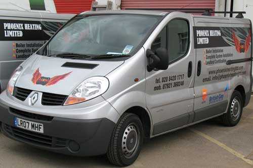 Renault Traffic Vehicle Graphics - Phoenix Heating