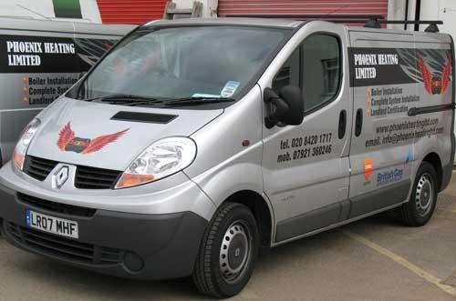 Renault Traffic Vehicle Graphics - Phoenix Heating